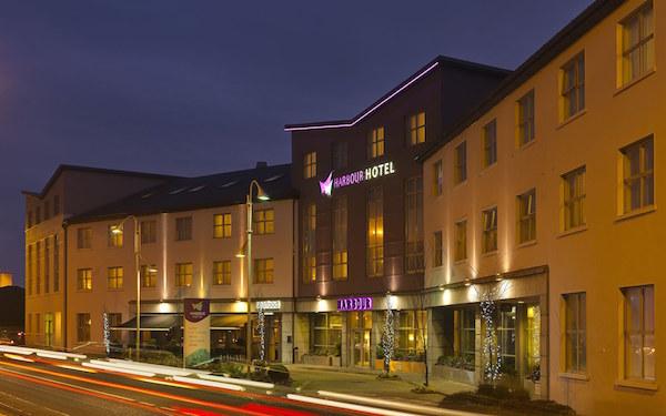 1800-harbour-hotel-galway-facade-01